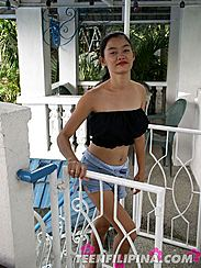 Big Tits Pinay Alma Chua Arrives On Balcony